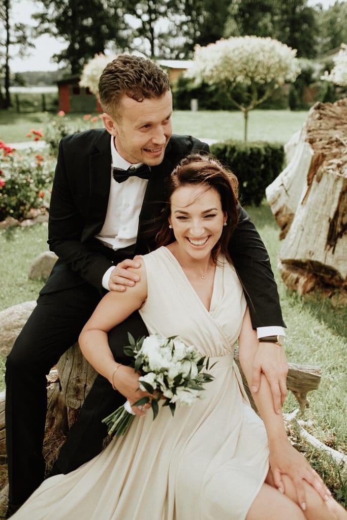 sesja ślubna nad jeziorem Miedwie