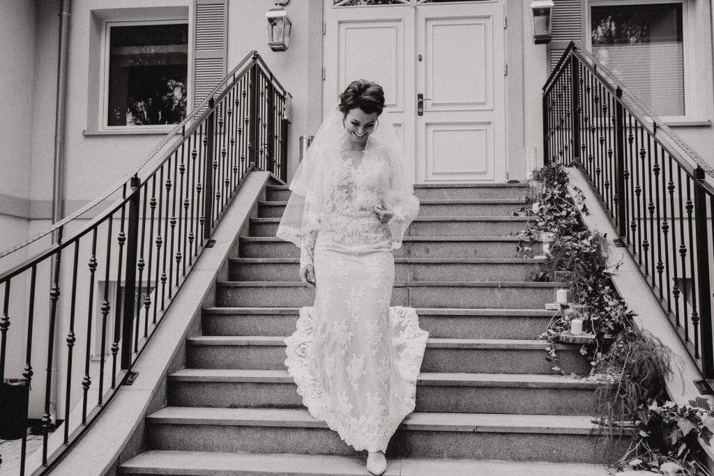 koronkowa suknia ślubna Szczecin