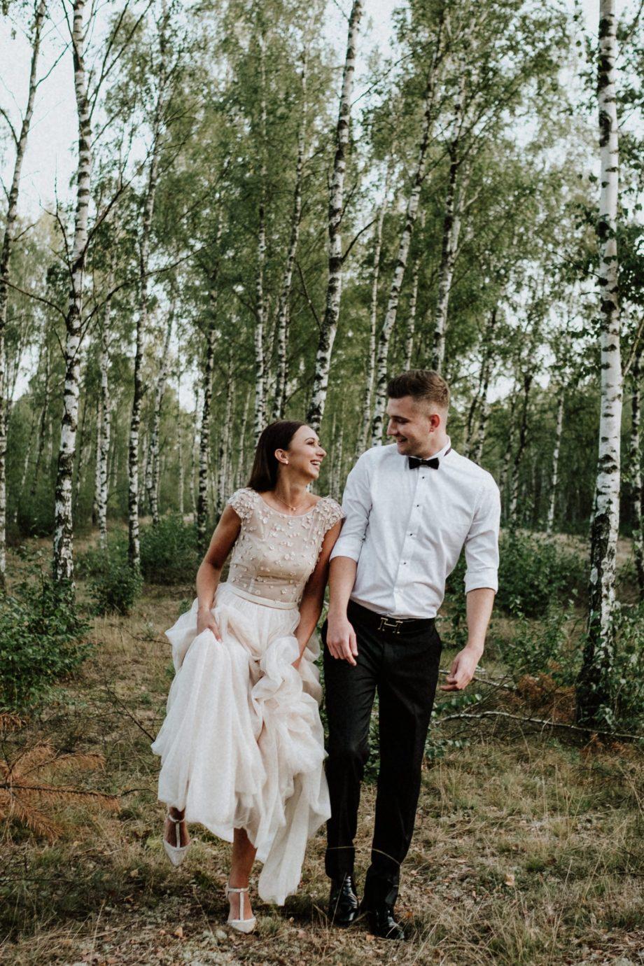 jak dobrze wyjść na zdjęciach ślubnych