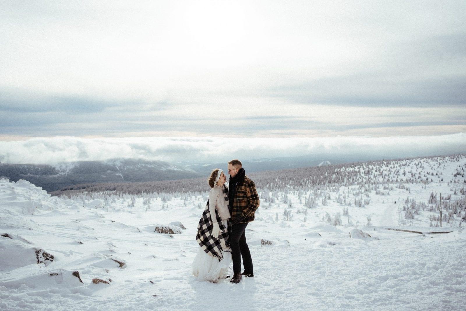 Czym kierować się przy wyborze fotografa, Gdzie szukać fotografa, Jak poznać dobrego fotografa, Jak wybrać fotografa na ślub, Jakiego wybrać fotografa Jak wybrać fotografa na wesele