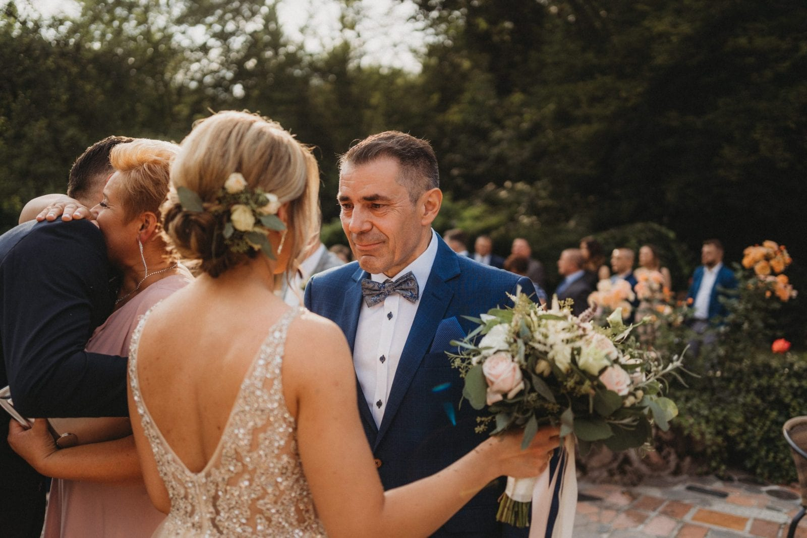 ślub w plenerze w Młynie nad Starą Regą