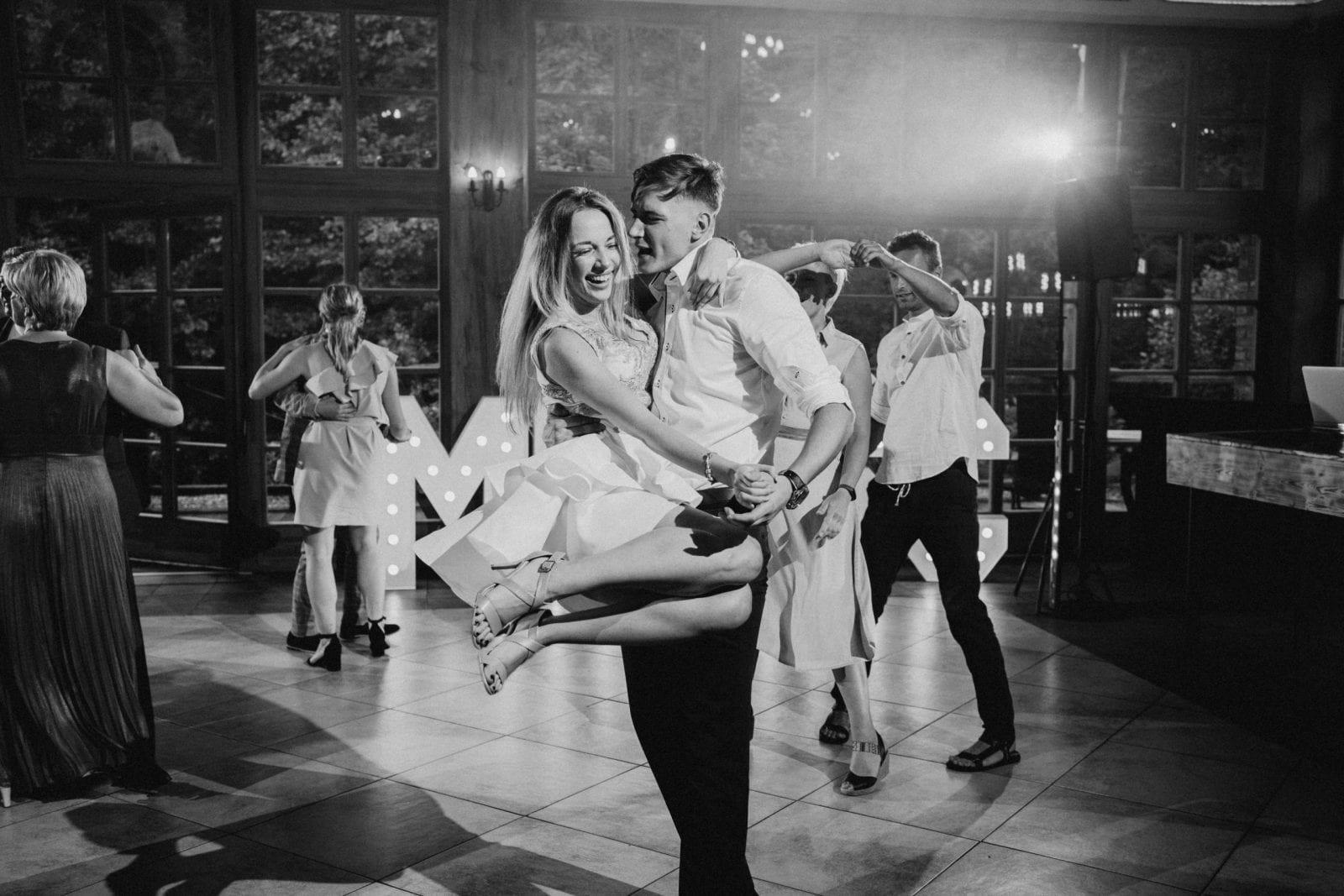 Nr 1 ślub w Młynie nad Starą Regą