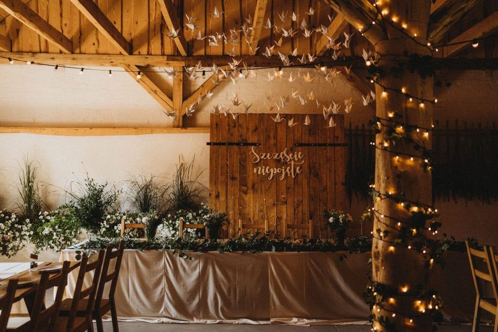 Folwark w plenerze, stodoła na wesele