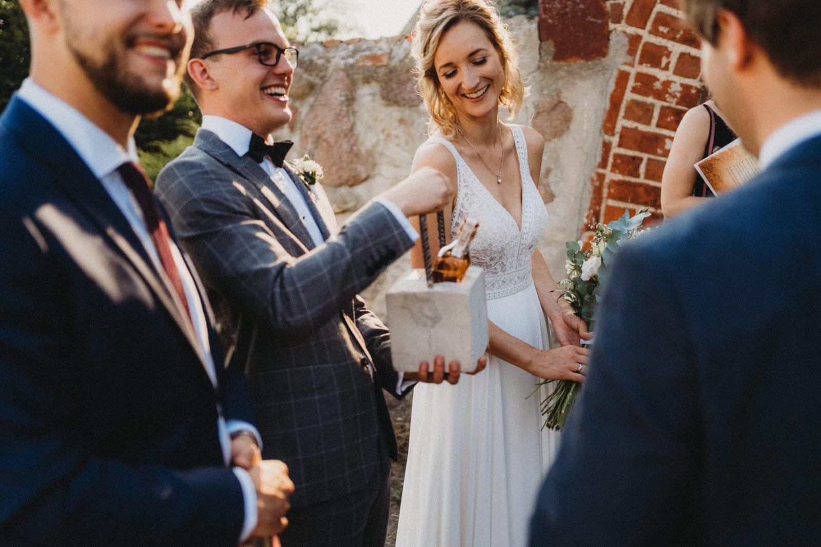 prezent na ślub wesele w stodole, Folwark w plenerze