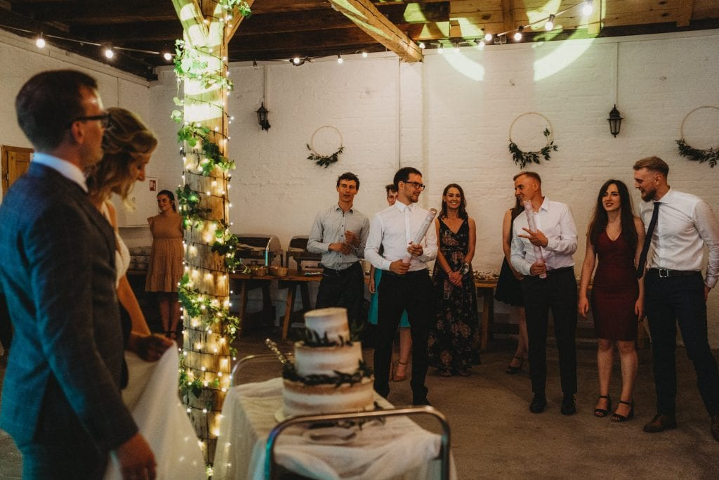 sesja ślubna w folwarku w plenerze